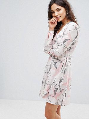 Liquorish Bird Print Wrap Dress