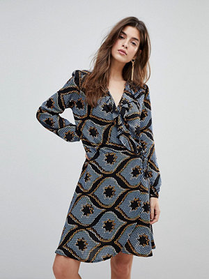Liquorish Long Sleeved Wrap Dress With Frilled Neckline In Mozaic Print