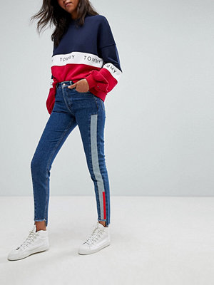 Tommy Jeans Izzy High Rise Slim Jean with Contrast Wash