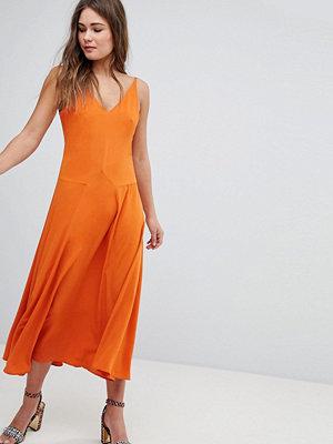 Boohoo V-Neck Maxi Dress