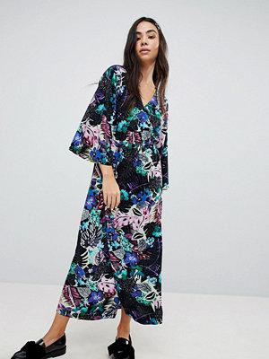 Monki Tropical Floral Print Wrap Midi Dress - Topical print