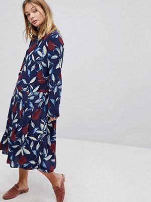 Y.a.s Bold Floral Midi Dress