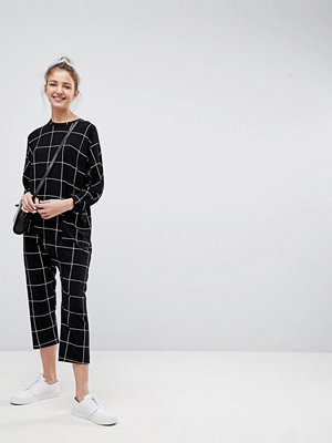 ASOS Minimal Jersey Jumpsuit with Batwing Sleeve in Check Print