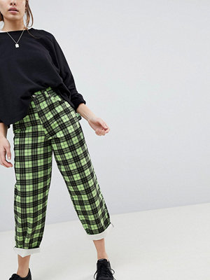 ASOS Carpenter Boyfriend Jeans in Green Check Print - Green check