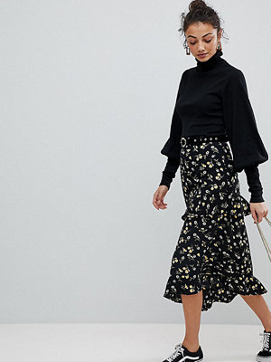Fashion Union Tall MIDI Skirt With ASYMMETRIC Tiered Ruffles In Daisy Floral