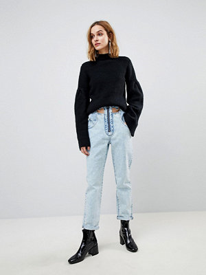 ASOS ORIGINAL MOM Jeans in Light Vintage Wash With Cut Away Self Belt - Light vintage