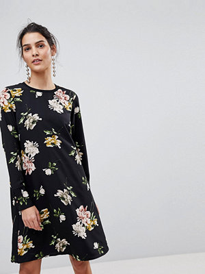 Y.a.s Floral Shift Dress With Sleeve Rib Detail