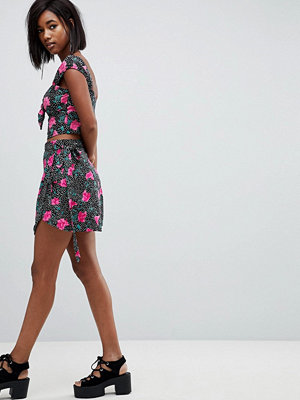 Motel Wrap Skirt With Ribbon Ties In Spot Floral Co-Ord