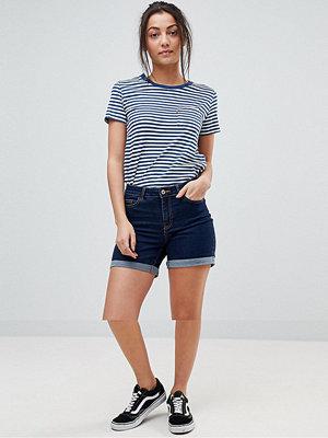 Noisy May Tall Blå jeansshorts med uppvikt nederkant Mellanblå