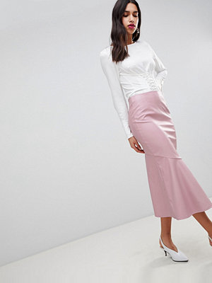 ASOS DESIGN Leather look midi skirt with kickflare - Nude