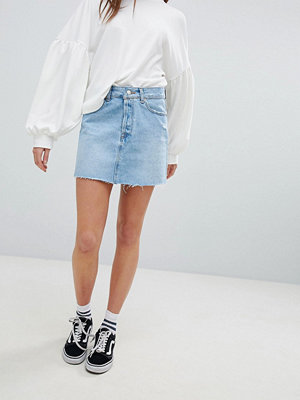 Bershka denim skirt in light blue wash - Light blue