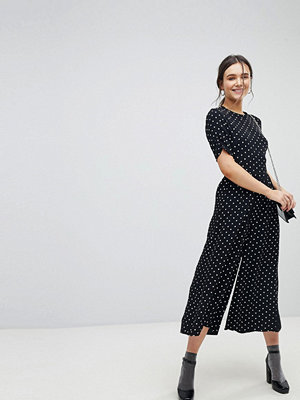 ASOS Tea Jumpsuit with Ruched Sleeve in Spot Print