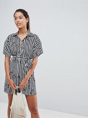 PrettyLittleThing Stripe Shirt Dress