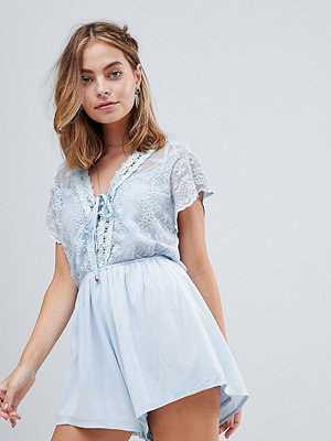 Jumpsuits & playsuits - Sisters of the Tribe Petite Deep V Playsuit With Lace Panel - Light blue