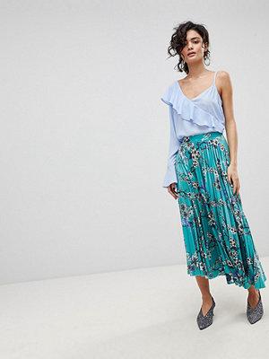 Gestuz Long Pleated Velvet Skirt With Flower Print