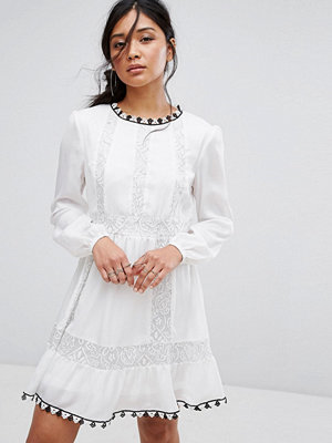 Boohoo Lace Insert Embroidered Swing Dress - Ivory