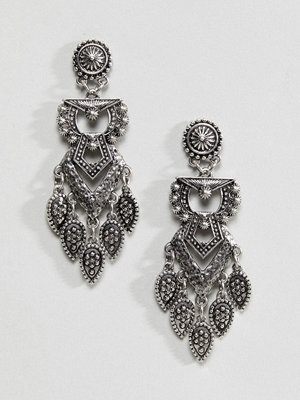 ASOS örhängen DESIGN engraved cut out drop earrings