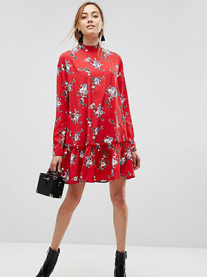 Asos Tall ASOS DESIGN Tall smock mini dress with pep hem in red floral