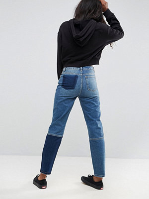 ASOS ORIGINAL MOM Jeans with Graffiti - Dark stone wash