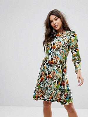 Y.a.s Drop Waist Dress With Long Sleeve