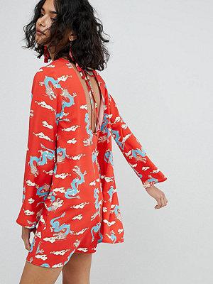 Reclaimed Vintage Inspired Tie Back Dress In Dragon Print