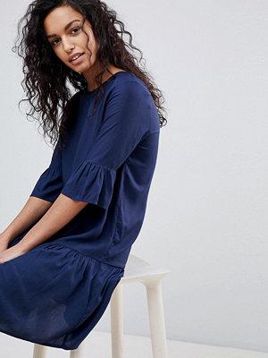 Y.a.s Fluted Sleeve Drop Hem Dress