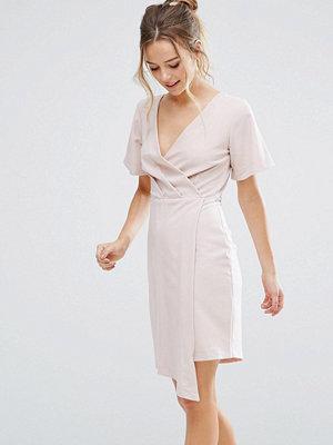 Closet London V Front Wrap Dress - Light pink