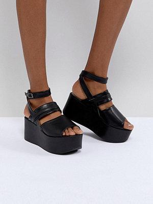 Sandaler & sandaletter - Raid Devona Black Flatform Chunky Sandals