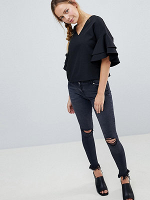 Parisian Skinny Jeans with Knee Rips and Raw Hem - Charcoal