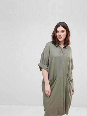 ASOS Curve ASOS DESIGN Curve short sleeve shirt dress with drape pockets