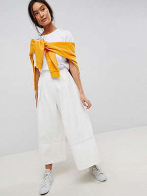 ASOS DESIGN denim wide leg culottes in off white - Off white