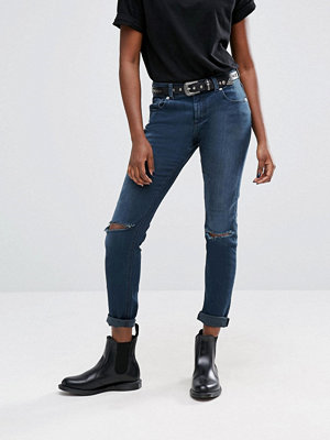 ASOS Kimmi Shrunken Boyfriend Jeans in Grace Dark Stonewash with Rips - Dark stonewash