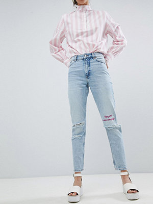 Monki Kimomo Ripped Knee With Words Jeans