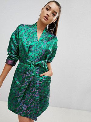 PrettyLittleThing Floral Kimono Dress