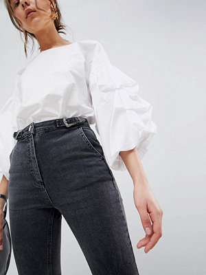 ASOS DESIGN Farleigh High Waist Slim Mom Jeans In Washed Black With Western Buckle Tab - Washed black