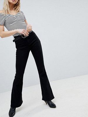 New Look Utsvängda jeans