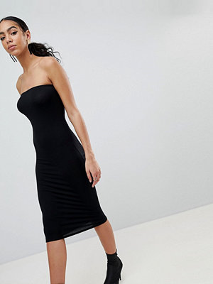 PrettyLittleThing Bandeau Midi Dress