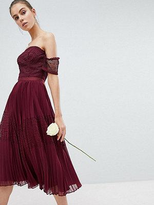 Asos Tall ASOS DESIGN Tall Bridesmaid Premium guipure lace panelled midi dress