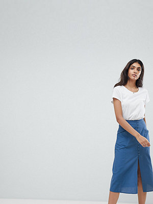 Asos Tall ASOS DESIGN Tall full midi skirt with button front