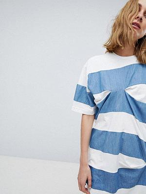 ASOS White Randig skjorta med märken Vit/blå