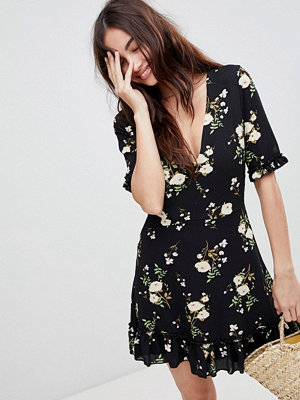 Parisian Floral Tea Dress