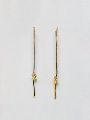 ASOS örhängen DESIGN Gold Plated Knot Pull Through Earrings