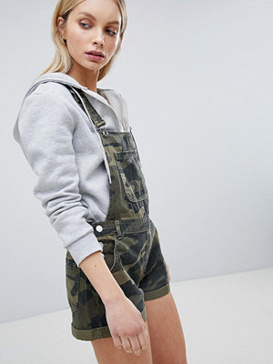 Bershka Short Dungaree In Khaki Camo - Khaki