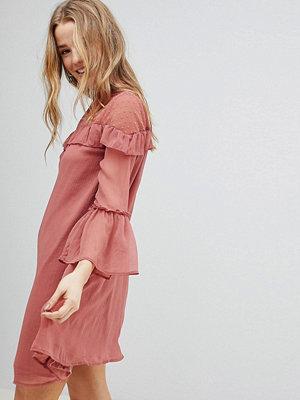 Influence Chiffon Frill Detail Dress - Blush