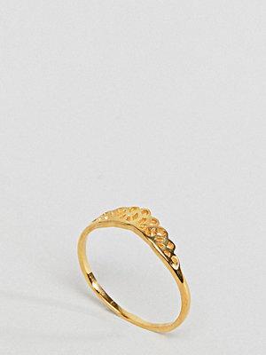 ASOS Curve ASOS DESIGN Curve Gold Plated Sterling Silver Filigree V Ring