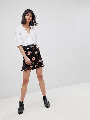 Vero Moda Floral Peplum Hem Skirt - Dark floral