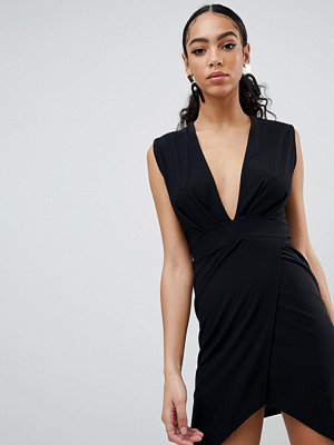 PrettyLittleThing Plunge Wrap Dress