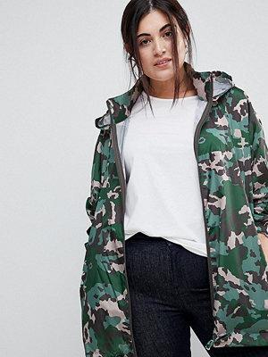 ASOS Curve ASOS DESIGN Curve rain jacket with bumbag in camo print