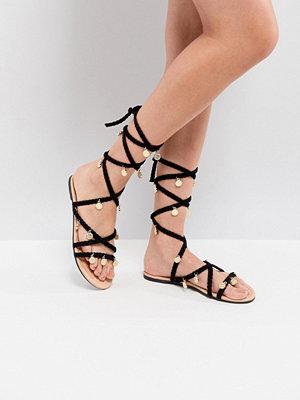 Sandaler & sandaletter - ASOS FOLLY Tie Leg Sandals