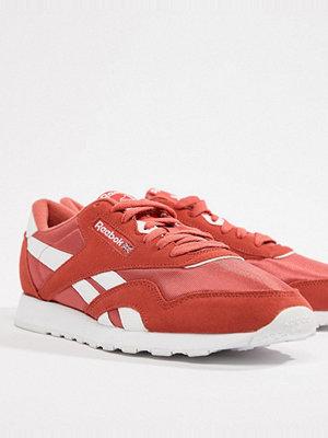 Sneakers & streetskor - Reebok Classic Nylon Trainers In Red CN4251